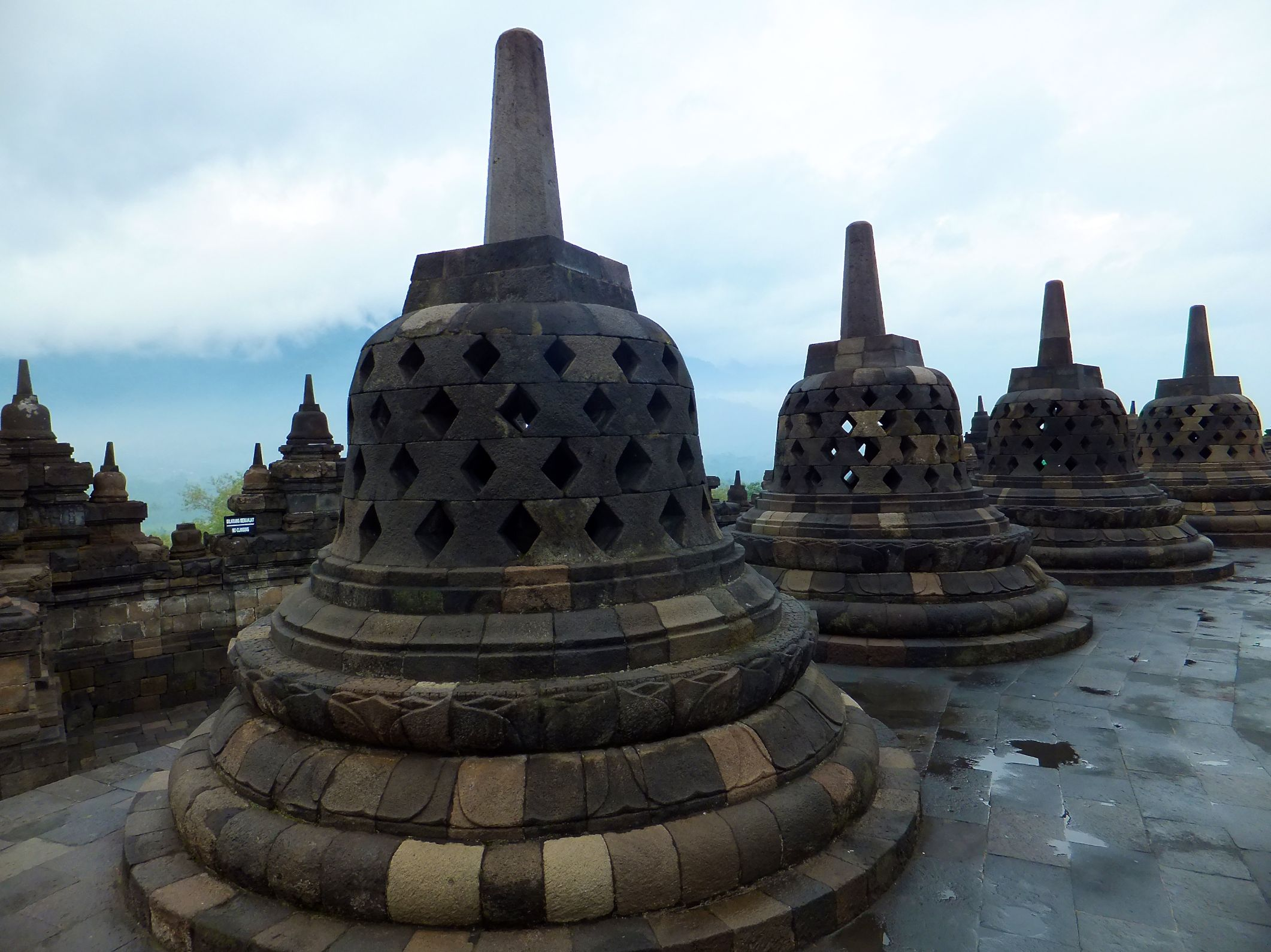 Borobudur – The Biggest Budha Temple In The World