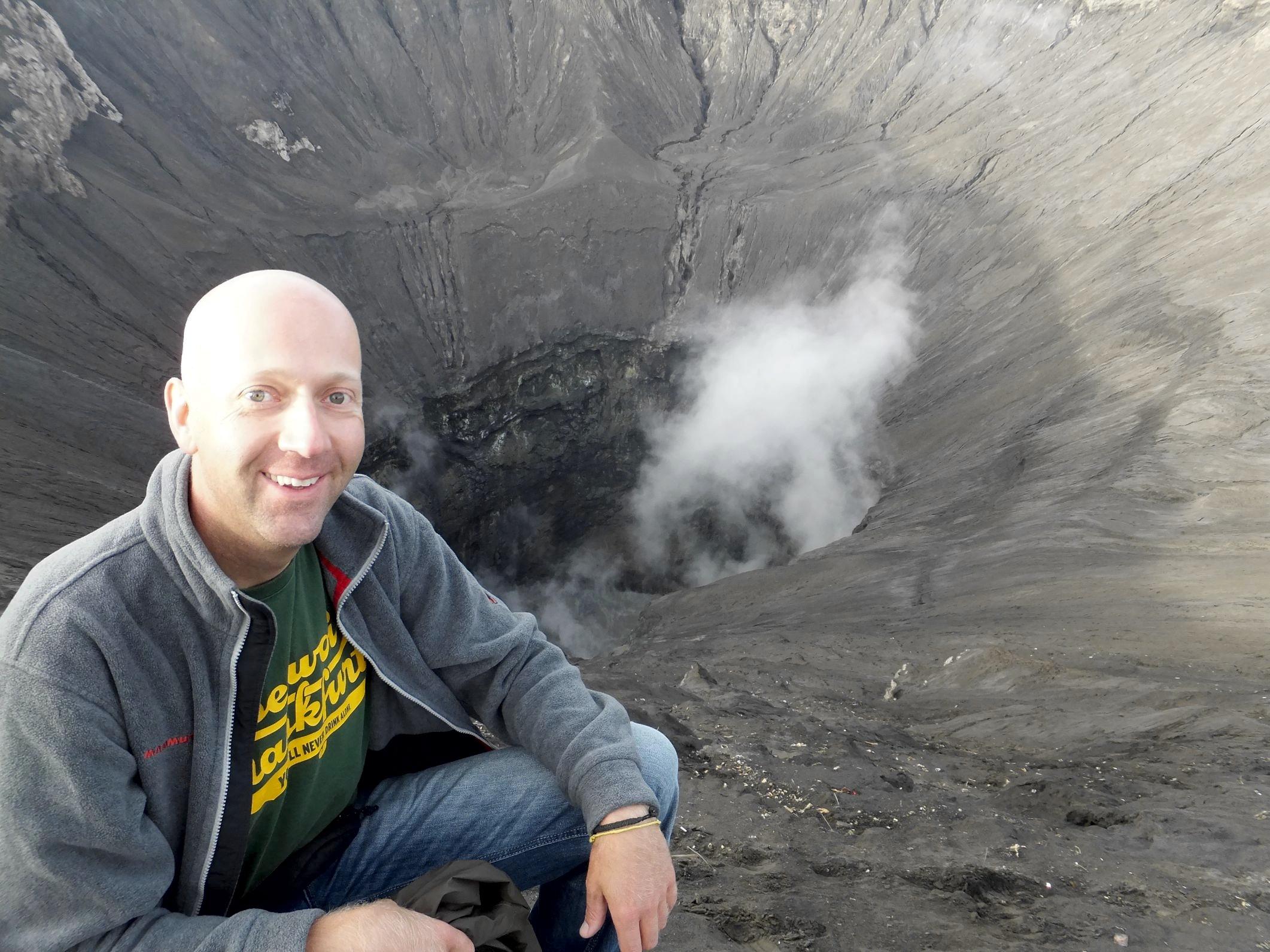 Rauch am Mount Bromo auf Java