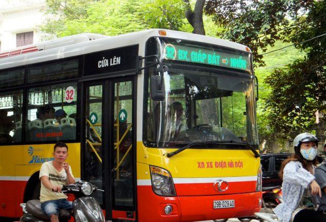 bus_hanoi_vietnam_117
