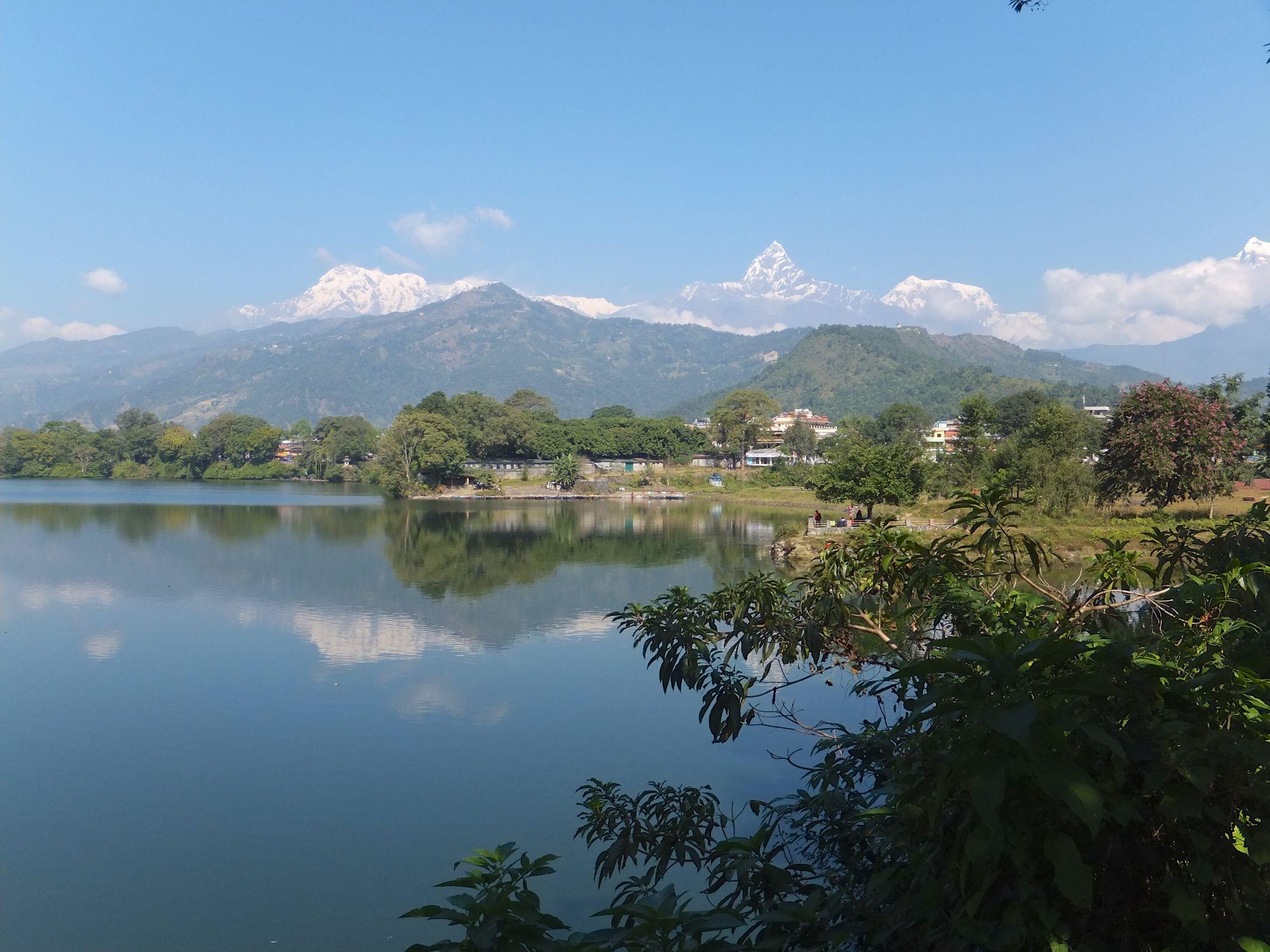 Auf der Flucht aus der Stadt ging es nach Pokhara