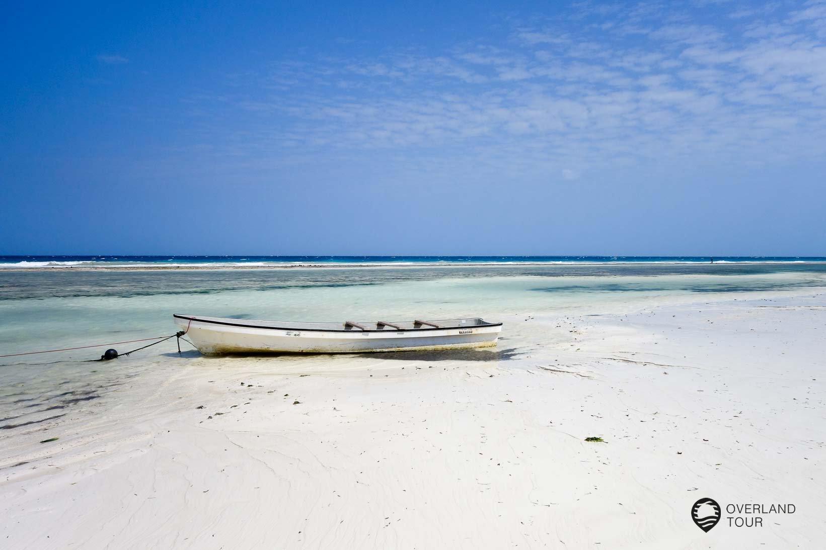 Der Strand der Unguja Lodge