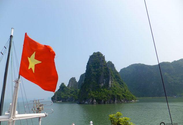 ha_long_bay_vietnam_010