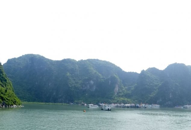 ha_long_bay_vietnam_011
