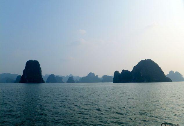 ha_long_bay_vietnam_026