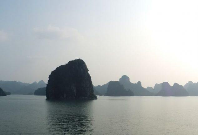 ha_long_bay_vietnam_029