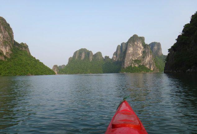 ha_long_bay_vietnam_035