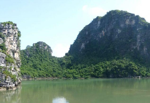 ha_long_bay_vietnam_059