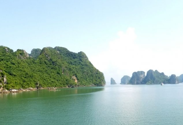 ha_long_bay_vietnam_060