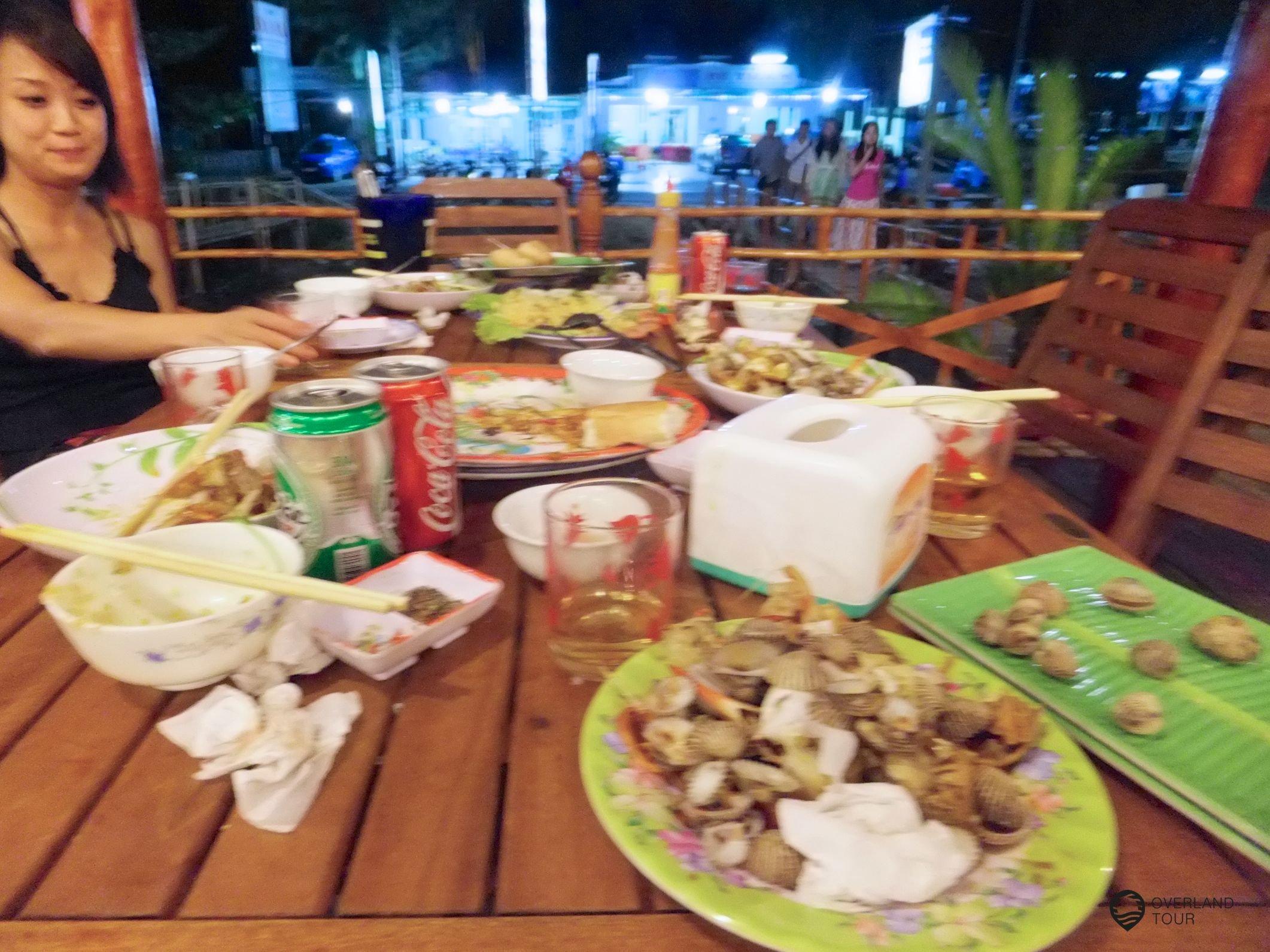 Mit Vietnamesen zusammen essen zu dürfen kann ich nur jedem empfehlen