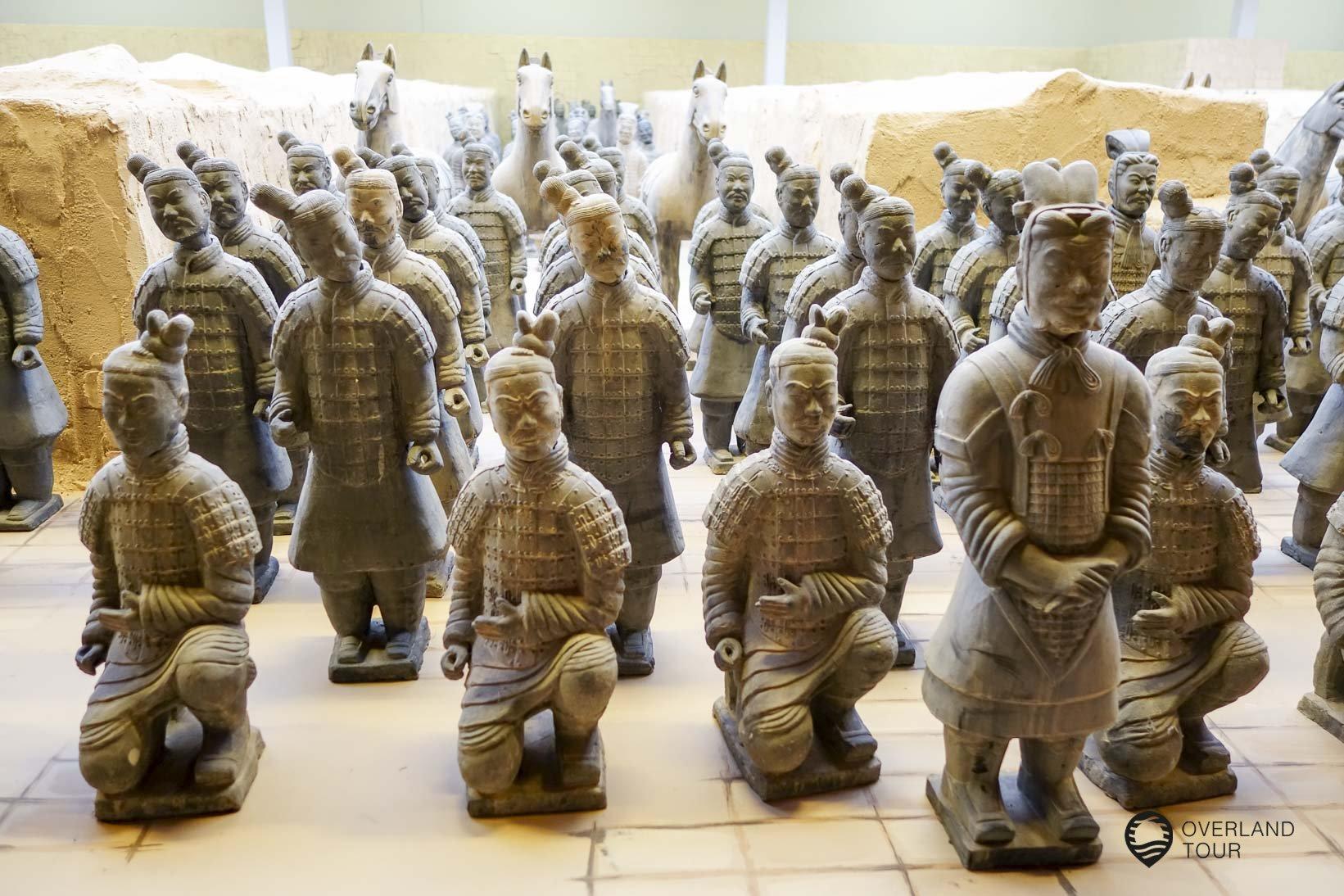 Die Terrakotta-Armee im Maßstab 1:2,5 in Wiehe (Thüringen)