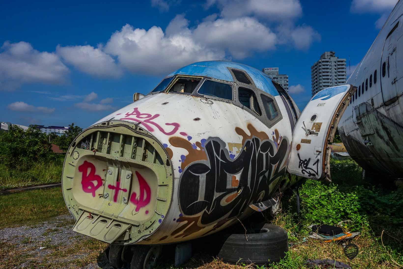 Die McDonnell Douglas MD82 auf dem Flugzeugfriedhof Bangkok