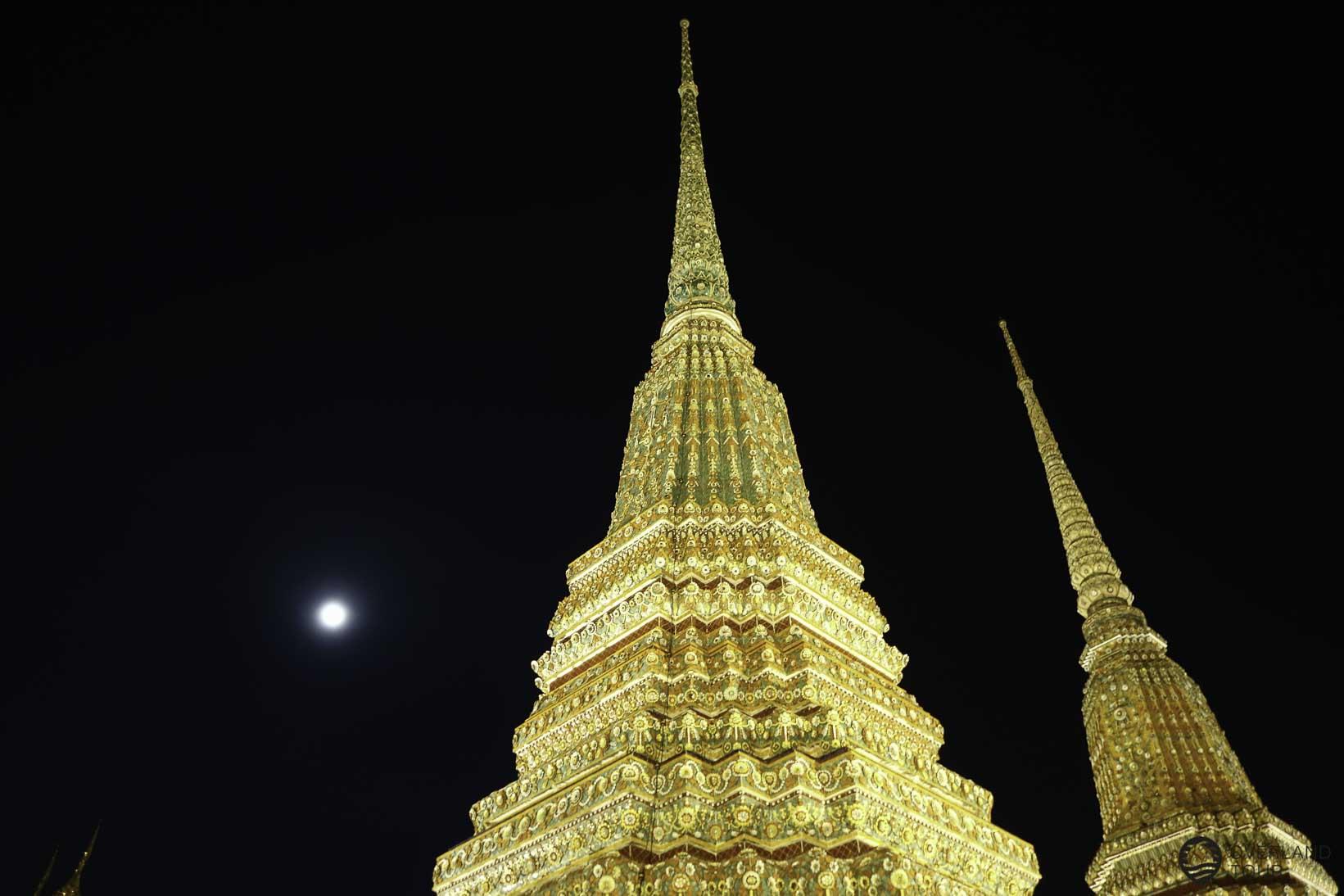 Das Wat Pho bei Nacht