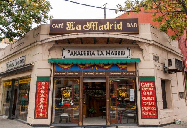 Kleines Cafe in La Boca abseits der Touristenstraße