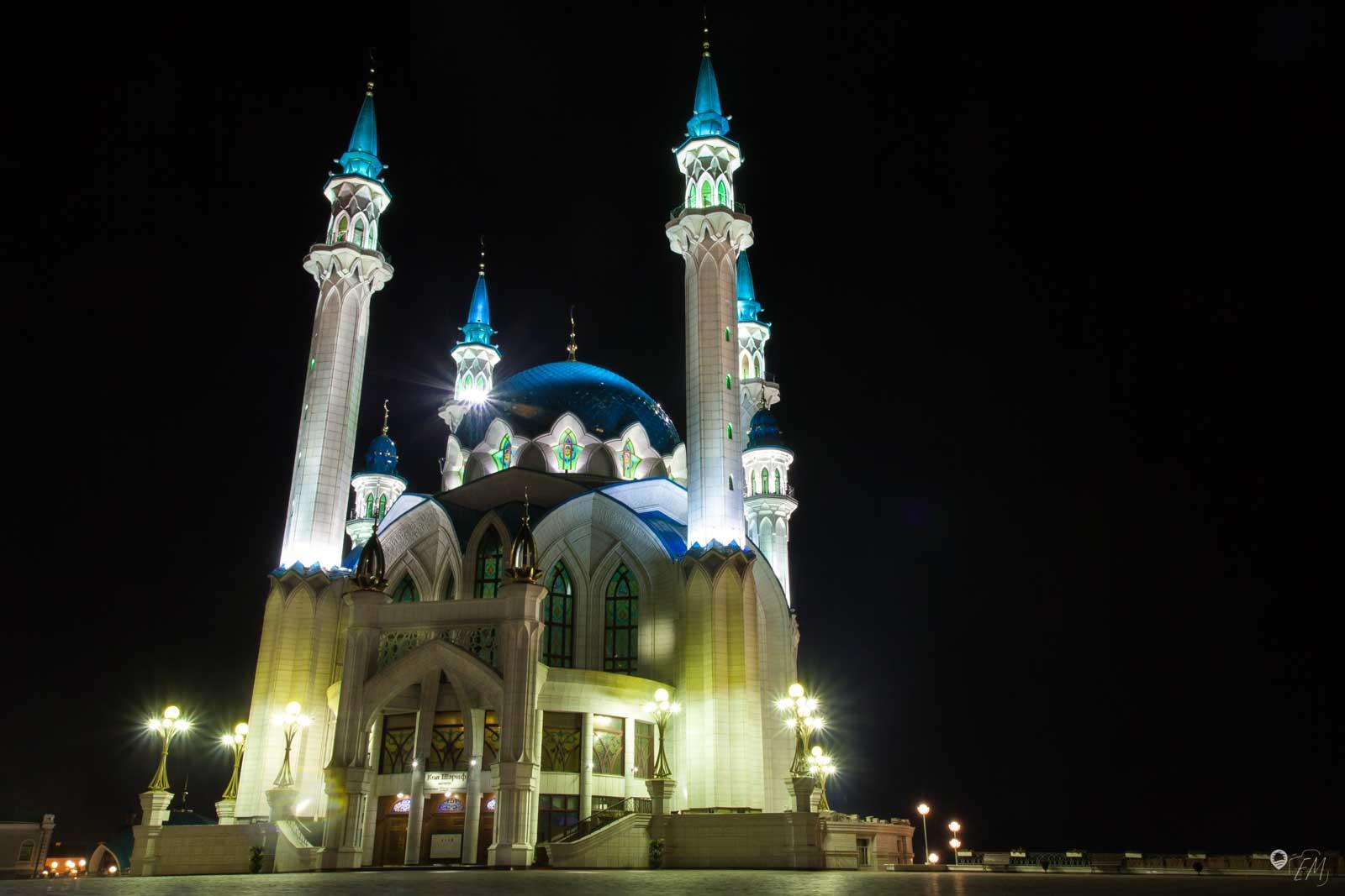 Die Kul-Scharif- Moschee bei Nacht ist eine echte Augenweide