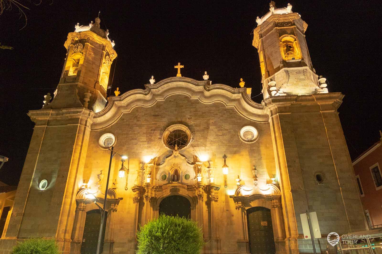 Die Kathedrale San Luis in Potosí bei Nacht