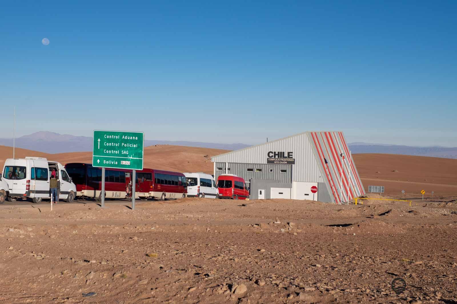 Die Grenzstation von Chile auf guten 3500 Meter Höhe
