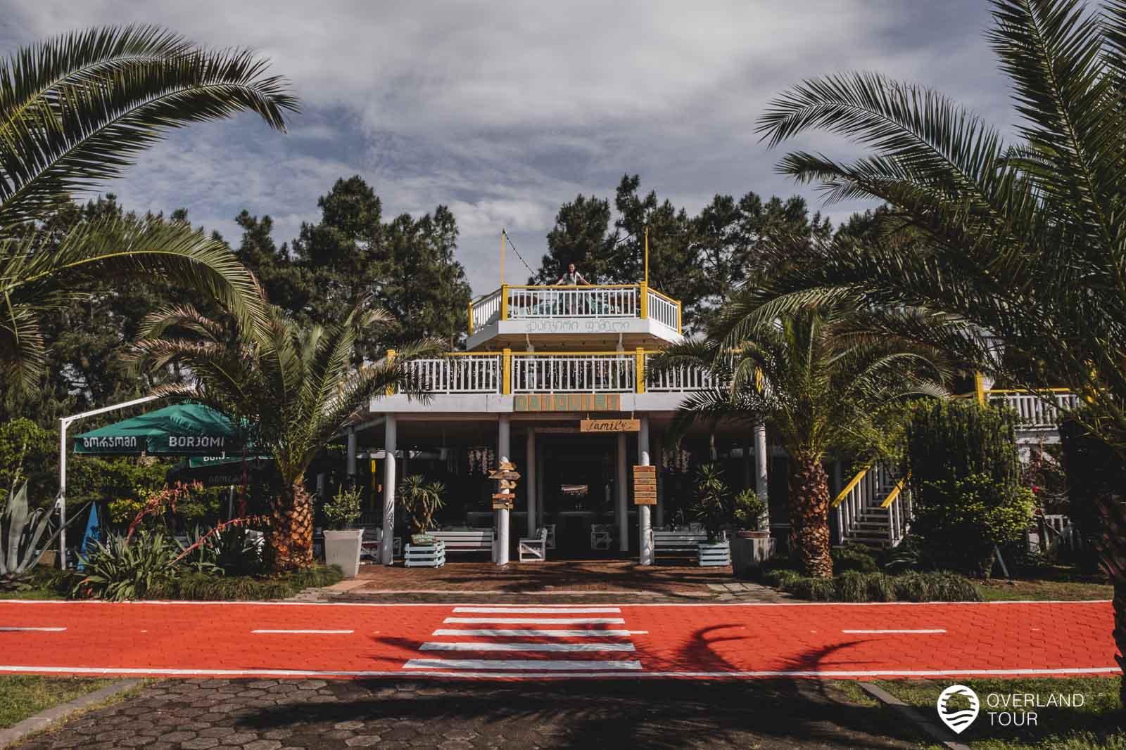 Entlang der Seafront Promenade gibt es immer wieder Cafés und Rstaurants
