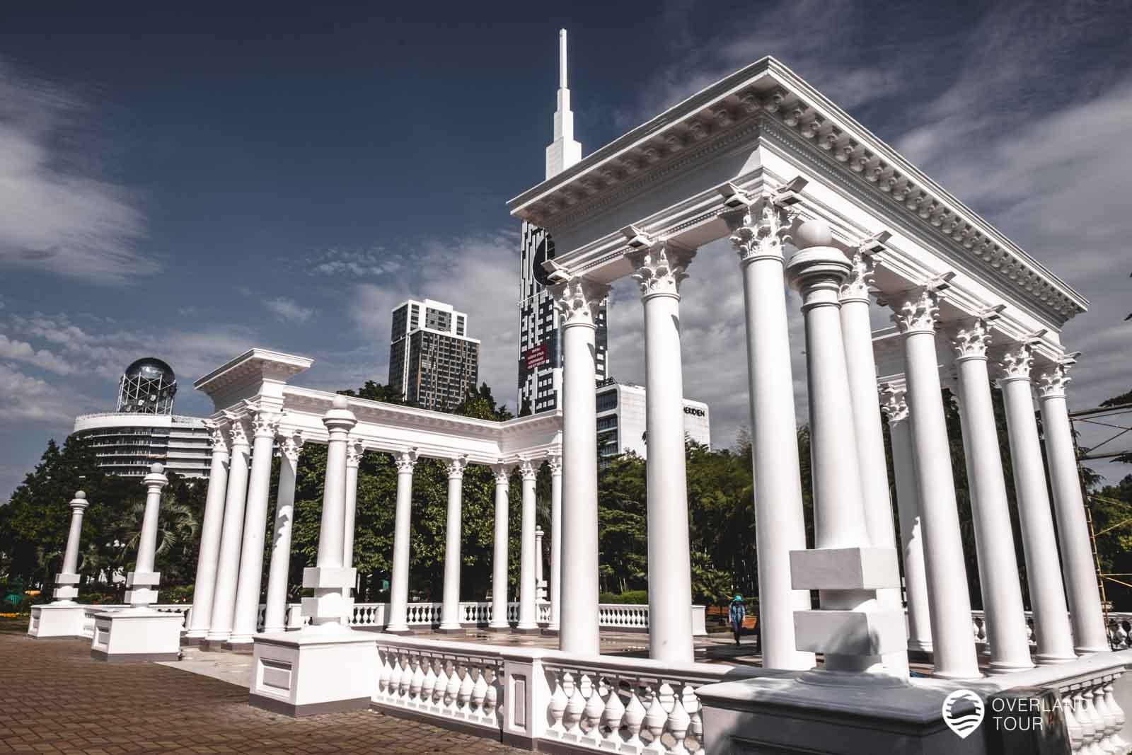 Die Kolonnaden von Batumi