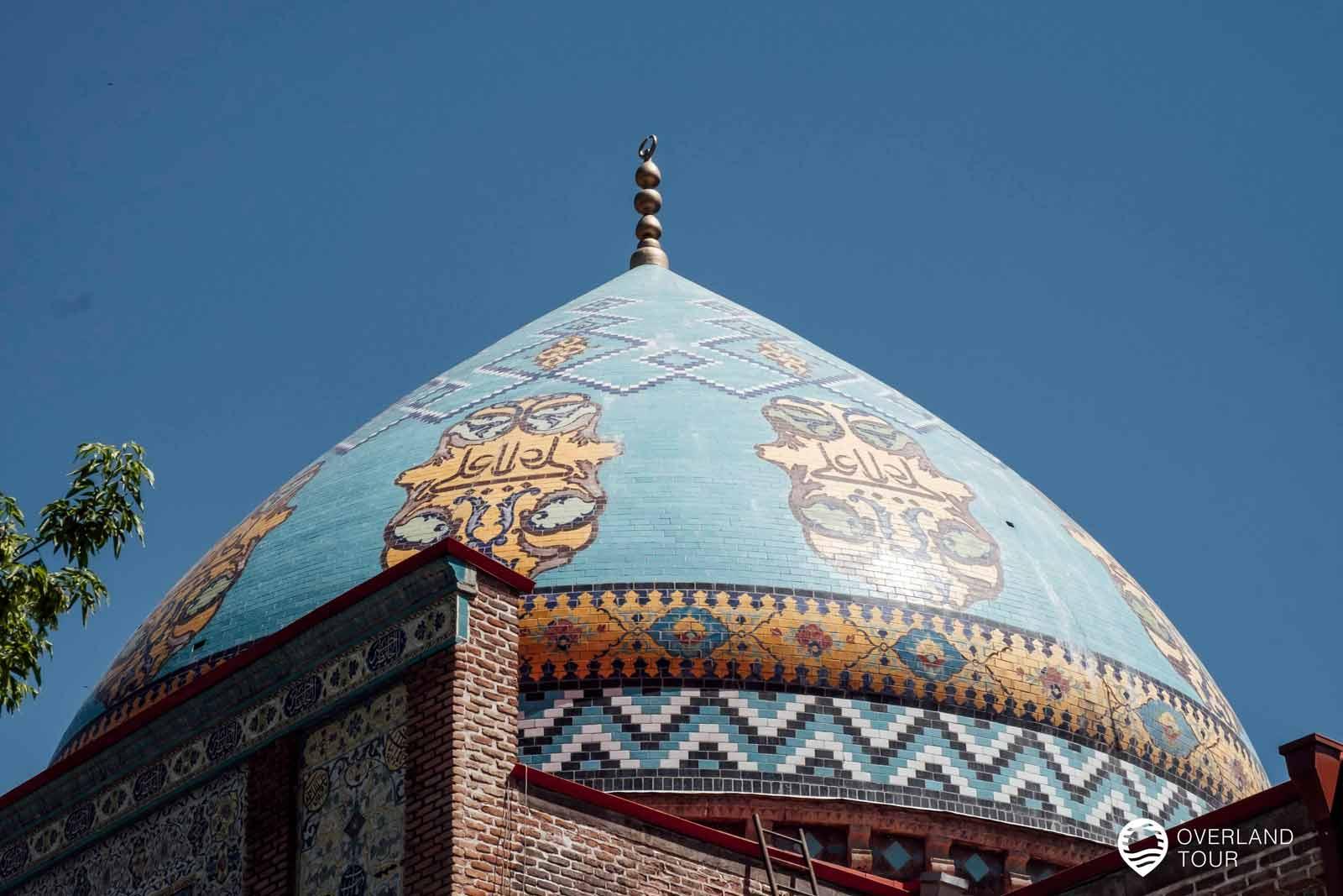 Sehenswürdigkeit Jerewan   Top 9 - Die Blaue Moschee ist zurzeit die einige Moschee, die in ganz Armenien genutzt wird