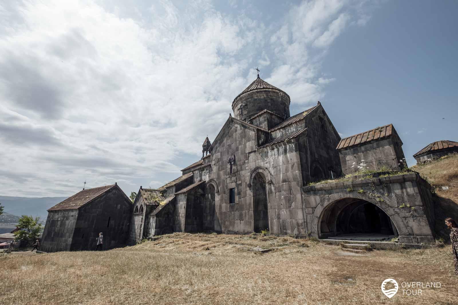 In der Provinz Lori, im Norden Armeniens, steht das Kloster Haghpatavank das im 10. Jahrhundert