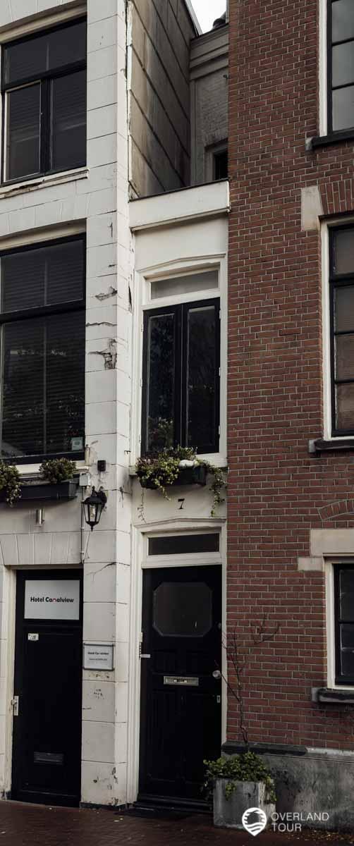 Dasschmalste Haus Amsterdams? Nein, aber die schmalste Fasade Amsterdams
