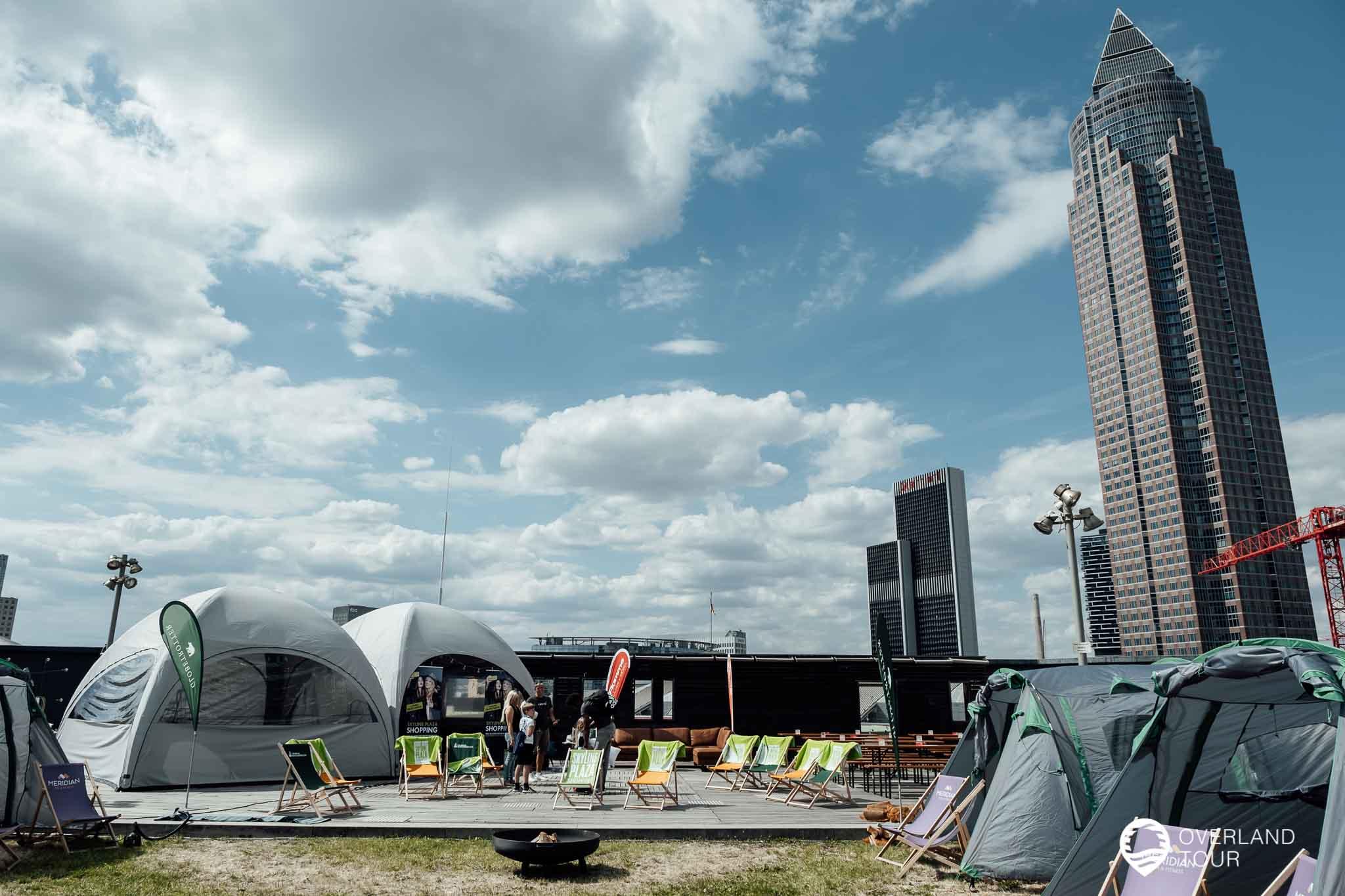 Der Campground im Skyline Garden auf dem Dach der Shopping Mall Skyline Plaza