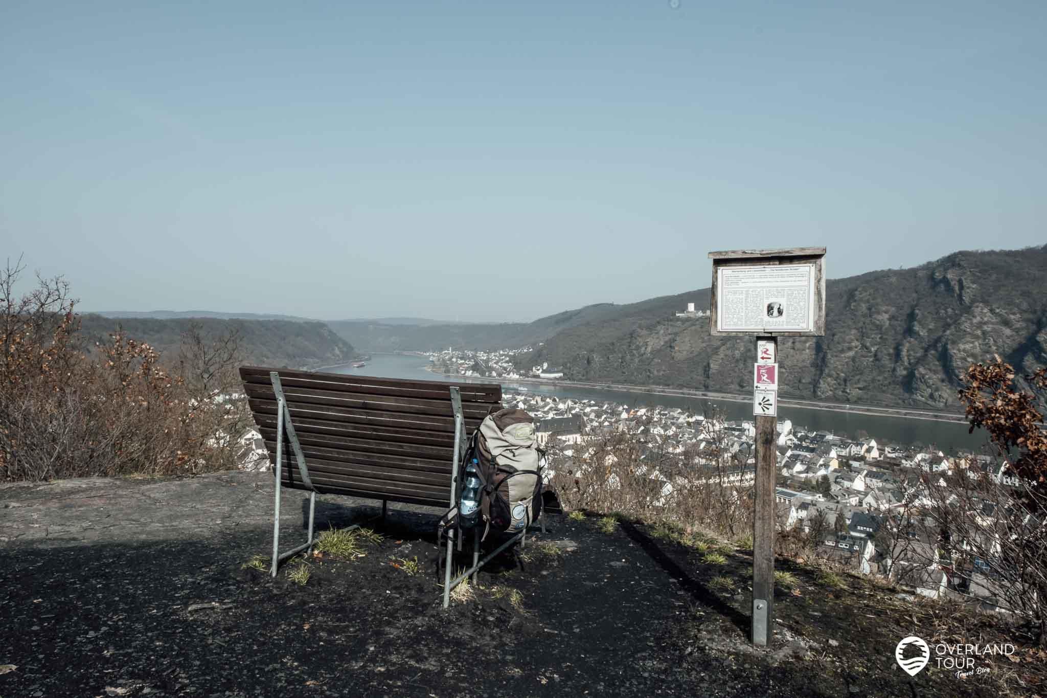 Wanderung Traumschleife Fünfseenblick: Der Aussichtspunkt am Köppchen nach Kilometer 1