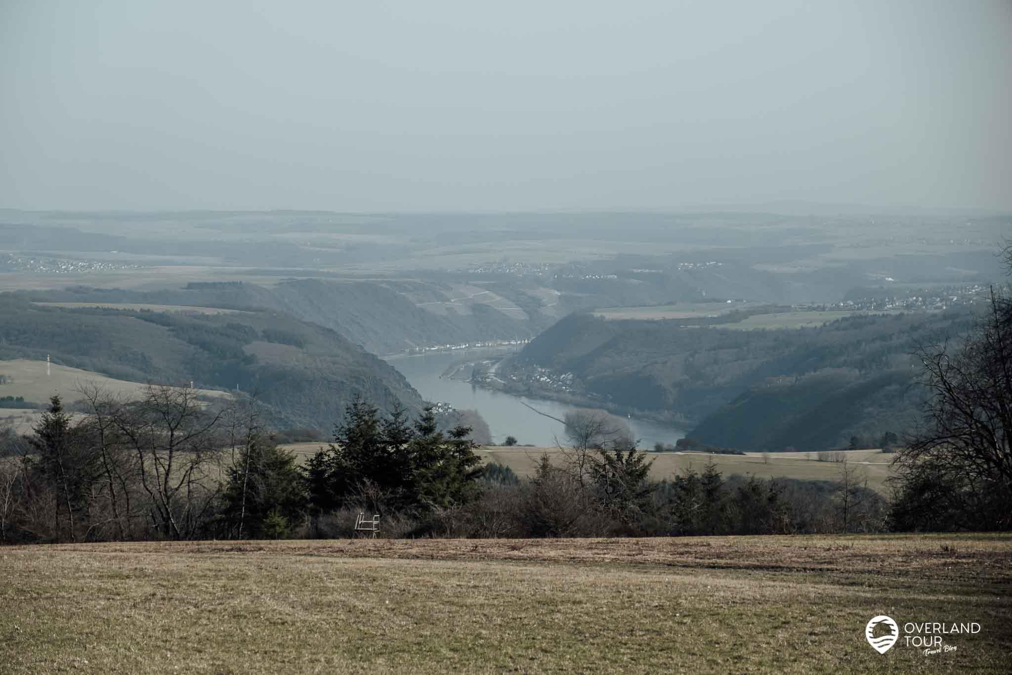 Wanderung Traumschleife Fünfseenblick: Der Aussichtspunkt Fleckertshöhe bei Kilometer 6,5